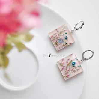 Квадратные серьги с цветами