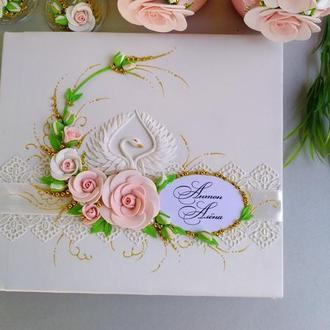 "Свадебная книга пожеланий "" Лебеди ""в цвете розовая пудра и золото"