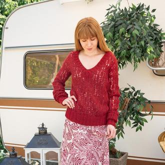 Красный ажурный вязаный пуловер