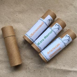 Натуральный бальзам для губ в эко-упаковке