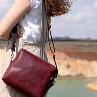 Маленькая женская сумочка, сумка из кожи бордового цвета