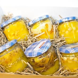 Мед с орехами, сухофруктами и семечками. Подарочный набор.