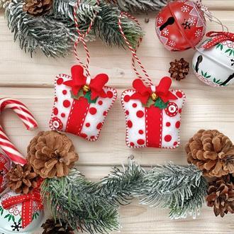 """Новогодний сувенир """"Подарок""""! Ёлочное украшение! Подарок коллегам!"""