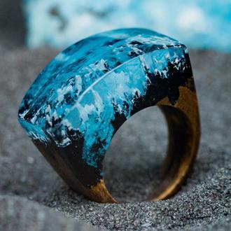 Перстень из дерева и эпоксидной смолы