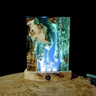 Ночник светильник из дерева и эпоксидной смолы
