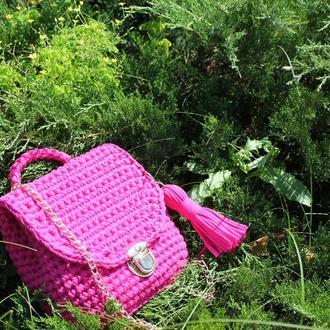 Рюкзак малиновый вязаный