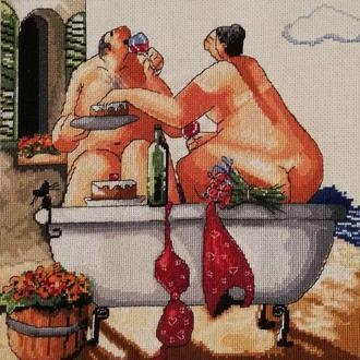 Картина вышитая крестом ′In Bath Together - Good Wine′