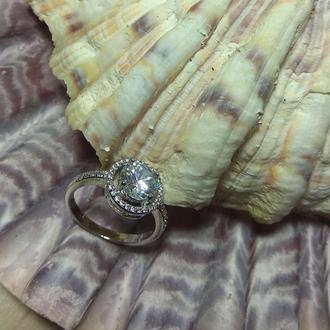 Кольцо с цирконом бриллиантовой огранки, серебро 925 пробы