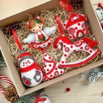 Подарочный набор новогодних елочных украшений/ Корпоративный новогодний набор игрушек!