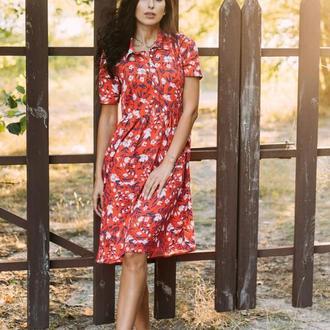 Красное платье в цветочный принт из штапеля
