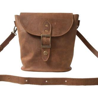 Компактная кожаная сумка на плече. 07009/коньяк
