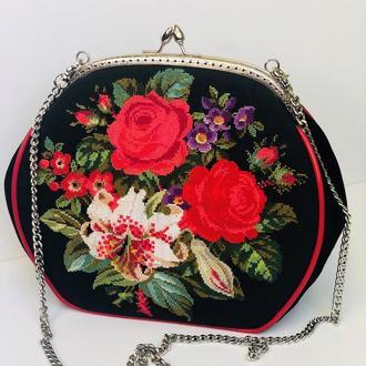 """Сумочка """" Розы и лилия"""""""