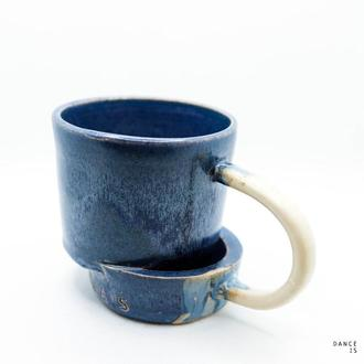 Керамическая чашка авторского дизайна