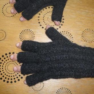 Перчатки из овечьей шерсти на заказ.