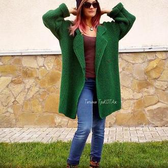 Пальто вязаное оверсайз цвета сочной листвы  .