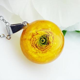 Кулон с ярким жёлтым лютиком Украшения с цветами (модель № 2624) Glassy Flowers