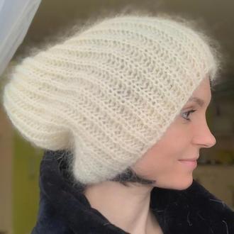 Об'ємна шапка з мохеру