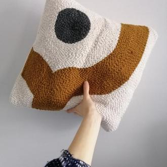 Подушка с вышивкой River
