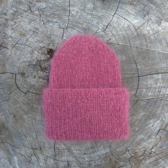 Вязаная шапка бини с отворотом