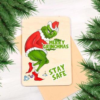 Деревянная открытка на Рождество с надписью Merry Grinchmas Stay safe
