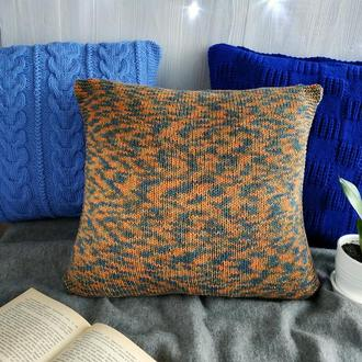 Диванная подушка (наволочка) декоративная вязаная меланж оранжевая на пуговицах  - 40*40 см