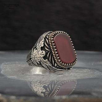 Авторитетне кільце  з срібла з рідкісним каменем