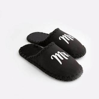 Мужские домашние тапочки Mr черного цвета, закрытой формы