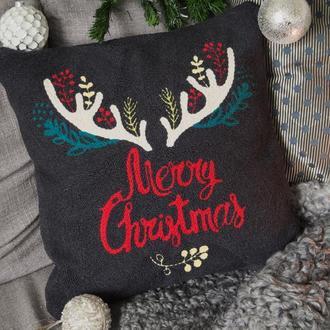 Вышитый чехол на подушку / декоративная наволочка / ковровая вышивка / новогодний чехол