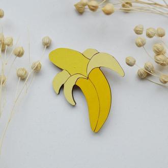 Деревянный значок-брошь Банан