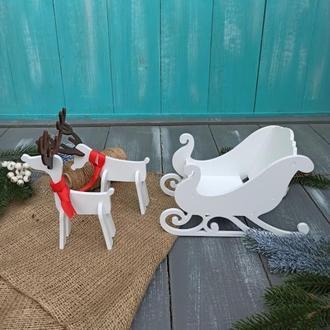 Новогодний декор, сани с оленями, оле