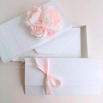 Gift box «Mona» Цвет 1 (молочный) - открытка в коробочке