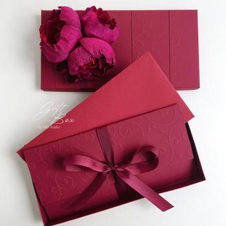 Gift box «Mona» Цвет 2 (бордовый) - открытка в коробочке