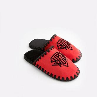Женские домашние тапочки Super Mom, красного цвета, закрытой формыы