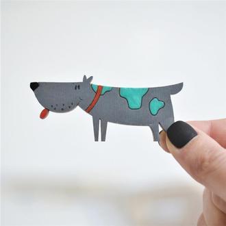 Дерев'яний значок-брошка Собака