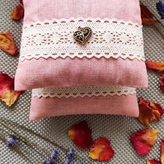 Саше с лавандой и лепестками роз