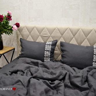 Льняное постельное белье с вышивкой