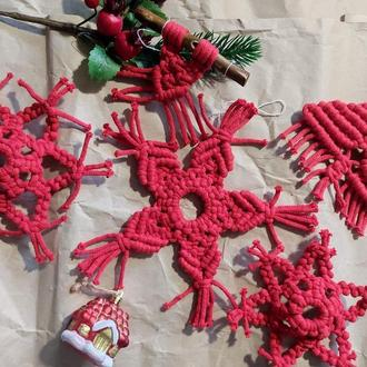 Новогодние игрушки на ёлку - Набор новогодних игрушек