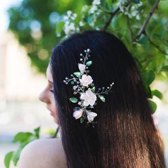 Украшение для волос с цветами жемчугом и кристаллами