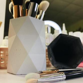 Органайзер для макияжных кисточек (декор, лофт, ваза для сухоцветов, ваза под косточки)