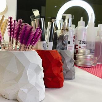 Органайзер череп для макияжных кисточек (декор, лофт, ваза для сухоцветов, ваза под косточки)
