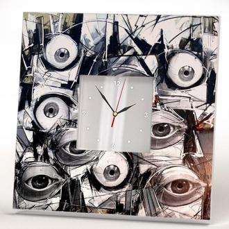 """Необычные дизайнерские часы """"Глаза"""""""