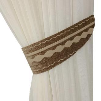 Подхват коричневый с фигурными полосами