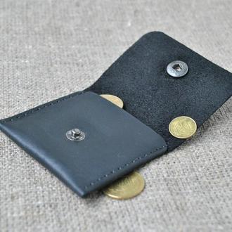 Небольшая монетница из натуральной кожи  M02-0