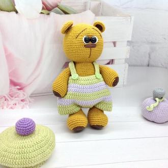 Медовый Мишка в костюмчике крючком , 24 см