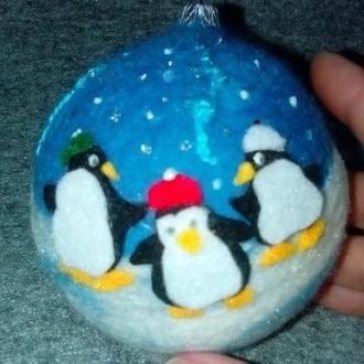 новогодняя игрушка Пингвины