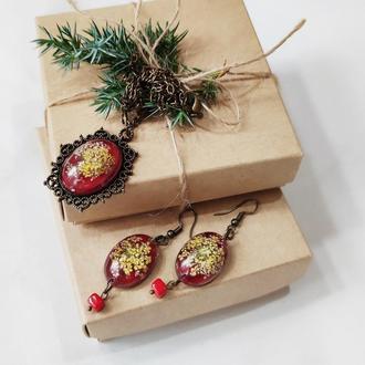 Серьги и кулон с живыми цветами в этно стиле.
