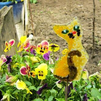 Садовый декор кот, декор из стекла кот, фьюзинг кот, украшение сада, садовые фигуры, дизайн сада