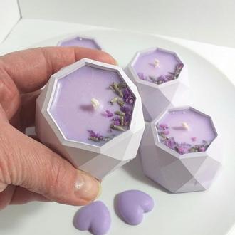 Свеча  светло-фиолетовая с ароматом лаванды