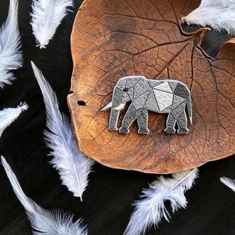 Геометрична брошка Слон. Авторська чоловіча брошка Слон. Полігональна прикраса Слон ручної роботи