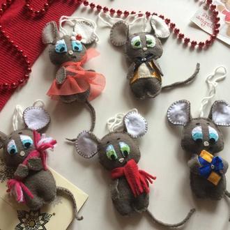 Новогодний декор мышки из фетра новогодняя игрушка на елку